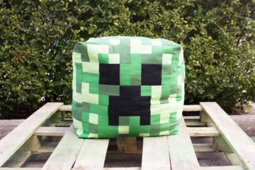 Giant Creeper Head Cushion