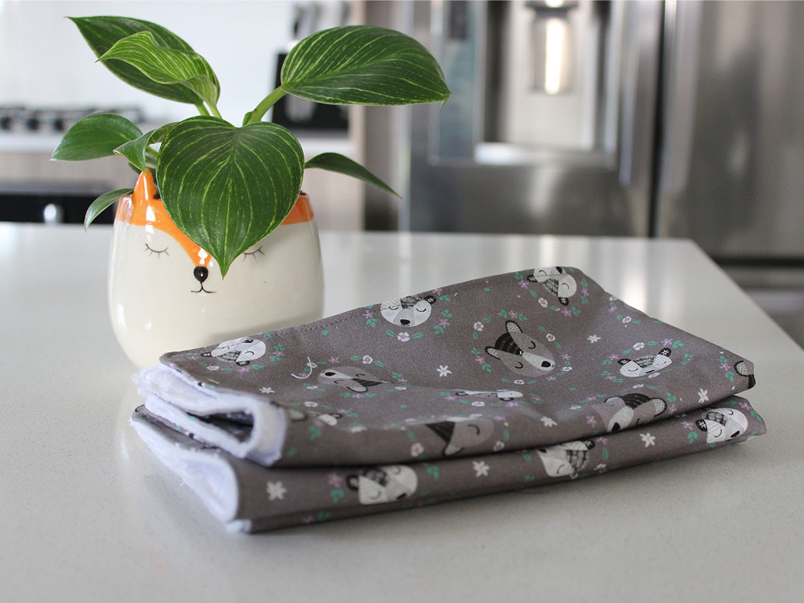 baby burp cloth featured
